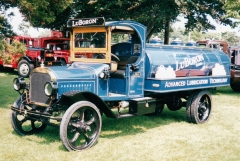Mack AB shown at Macungie 2004