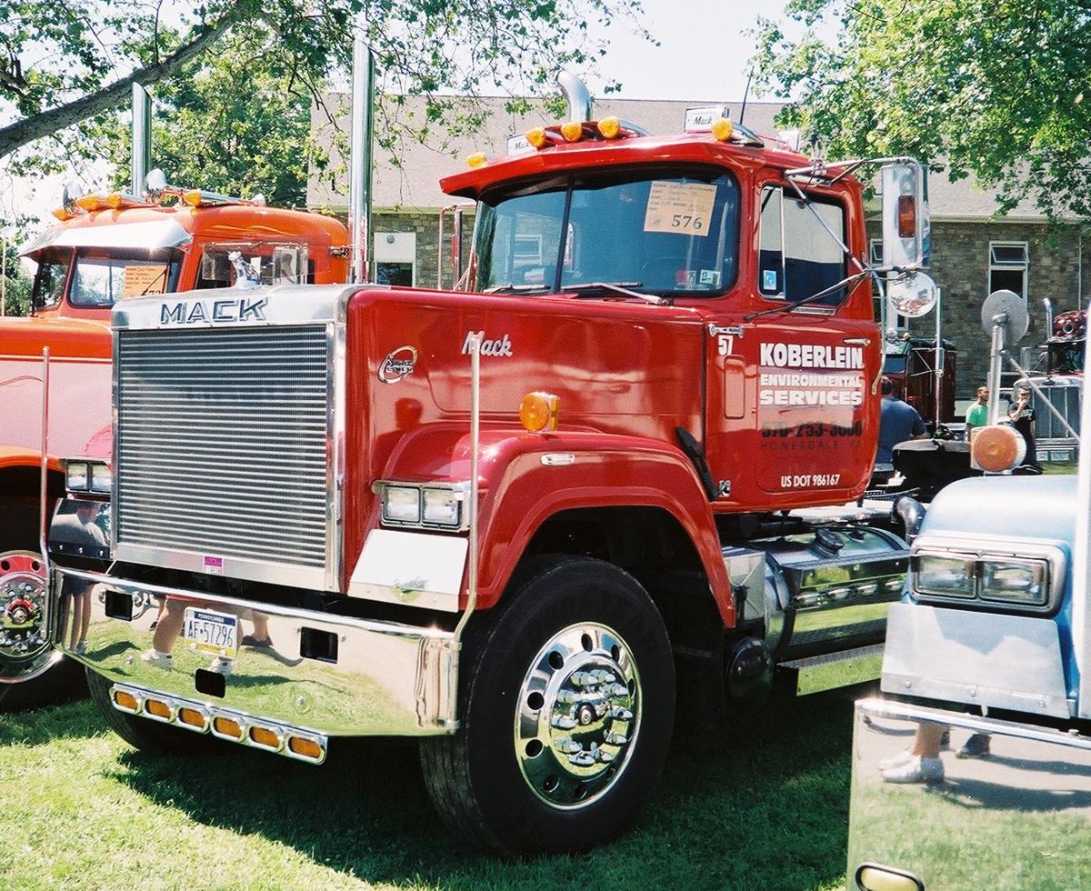 1989 Mack RW 613