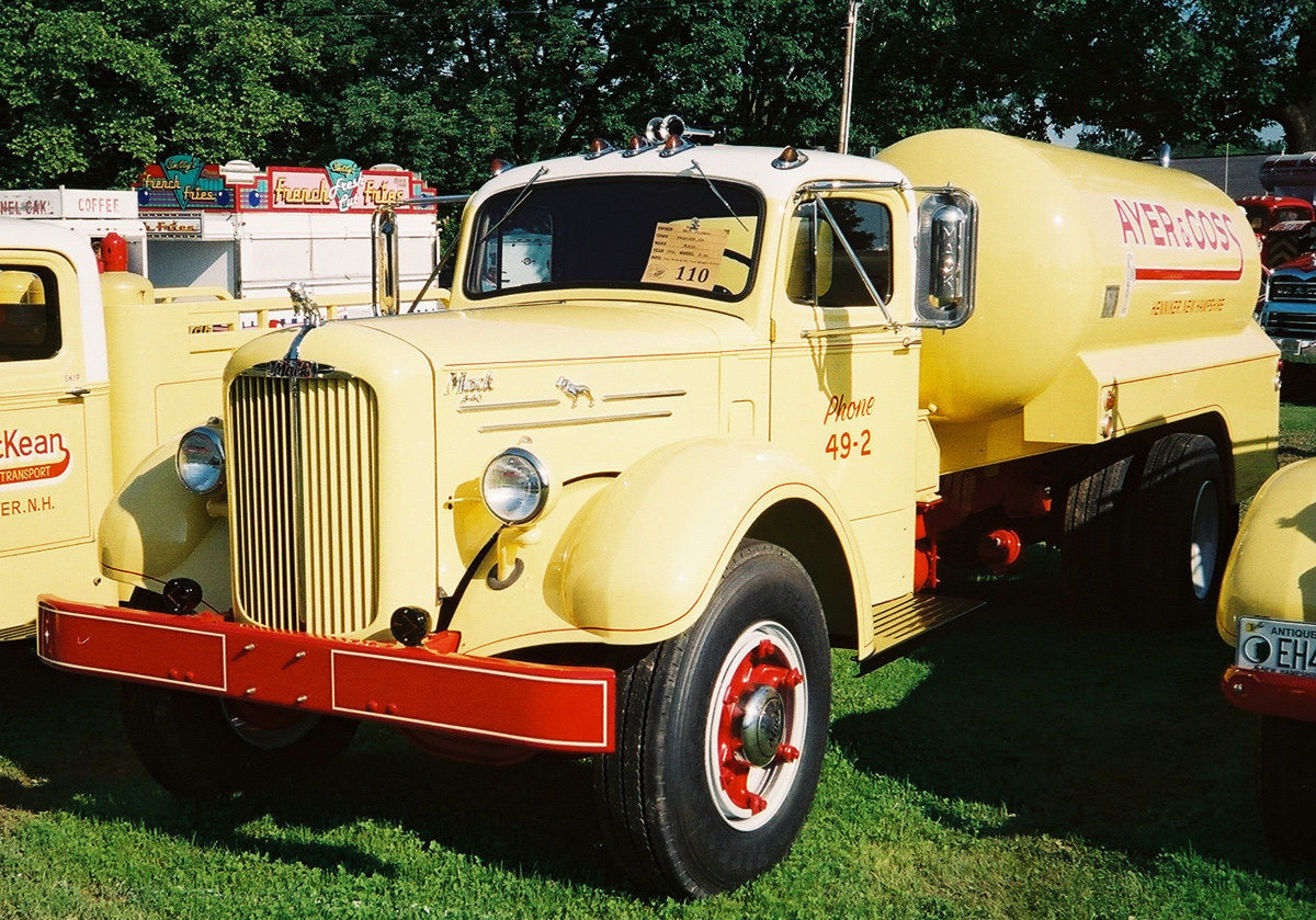 1950 Mack A40