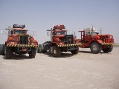 Kenworth 953 And Super 953 Kuwait  Iraq Border (2)