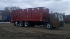 LE solid manure/ Silage truck