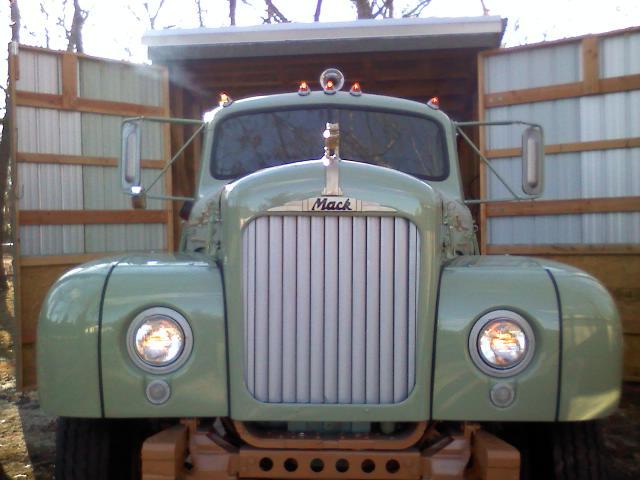 1959 B61LT Custom Cab
