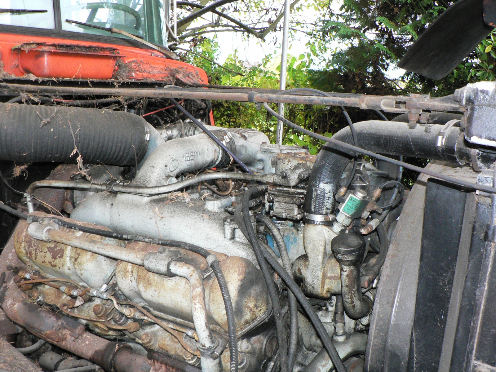 ENDT 864 V8 Mack Engine 008