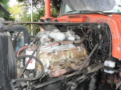 ENDT 864 V8 Mack Engine 009