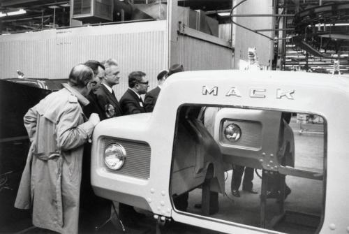 Soviet officials inspecting Plant 5C (June 17, 1971).jpg