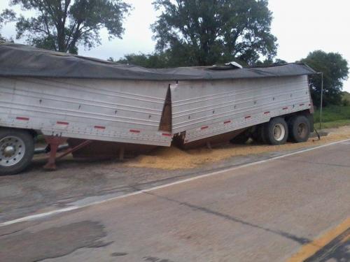 The Quickest Way To Unload A Hopper Bottom Other Truck Makes Bigmacktrucks Com