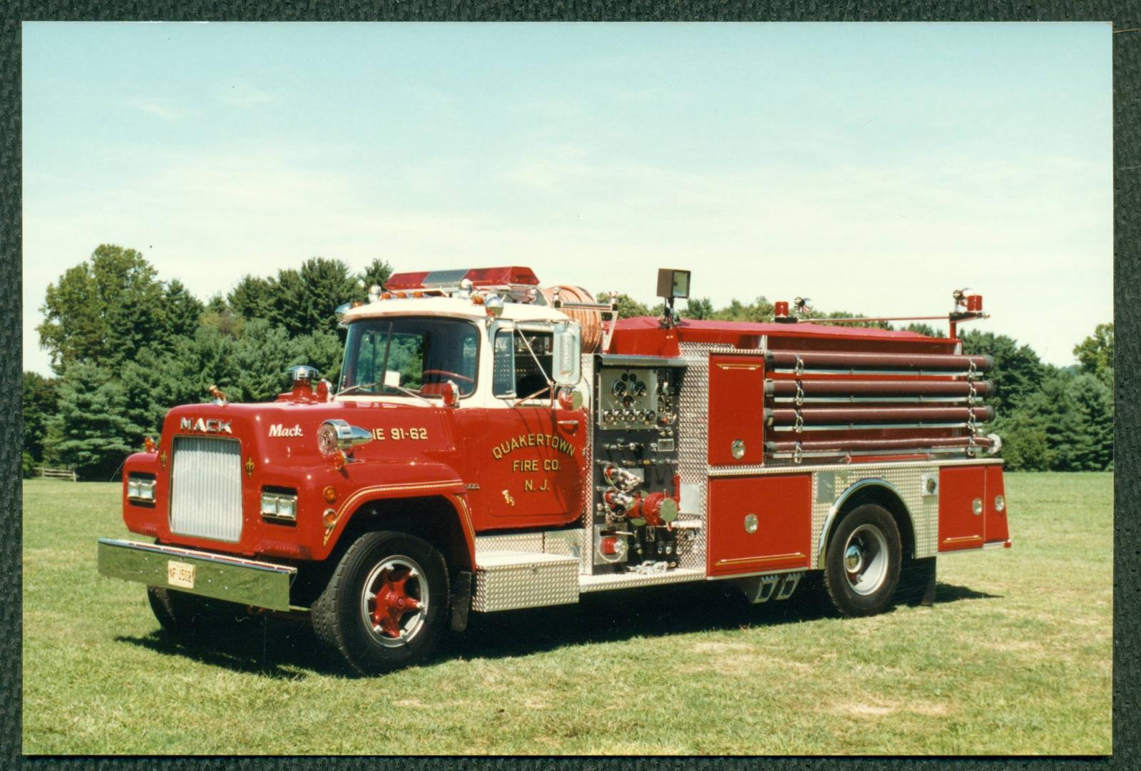 1973 Mack Tractor Truck : Looking for mack r fire truck antique and classic