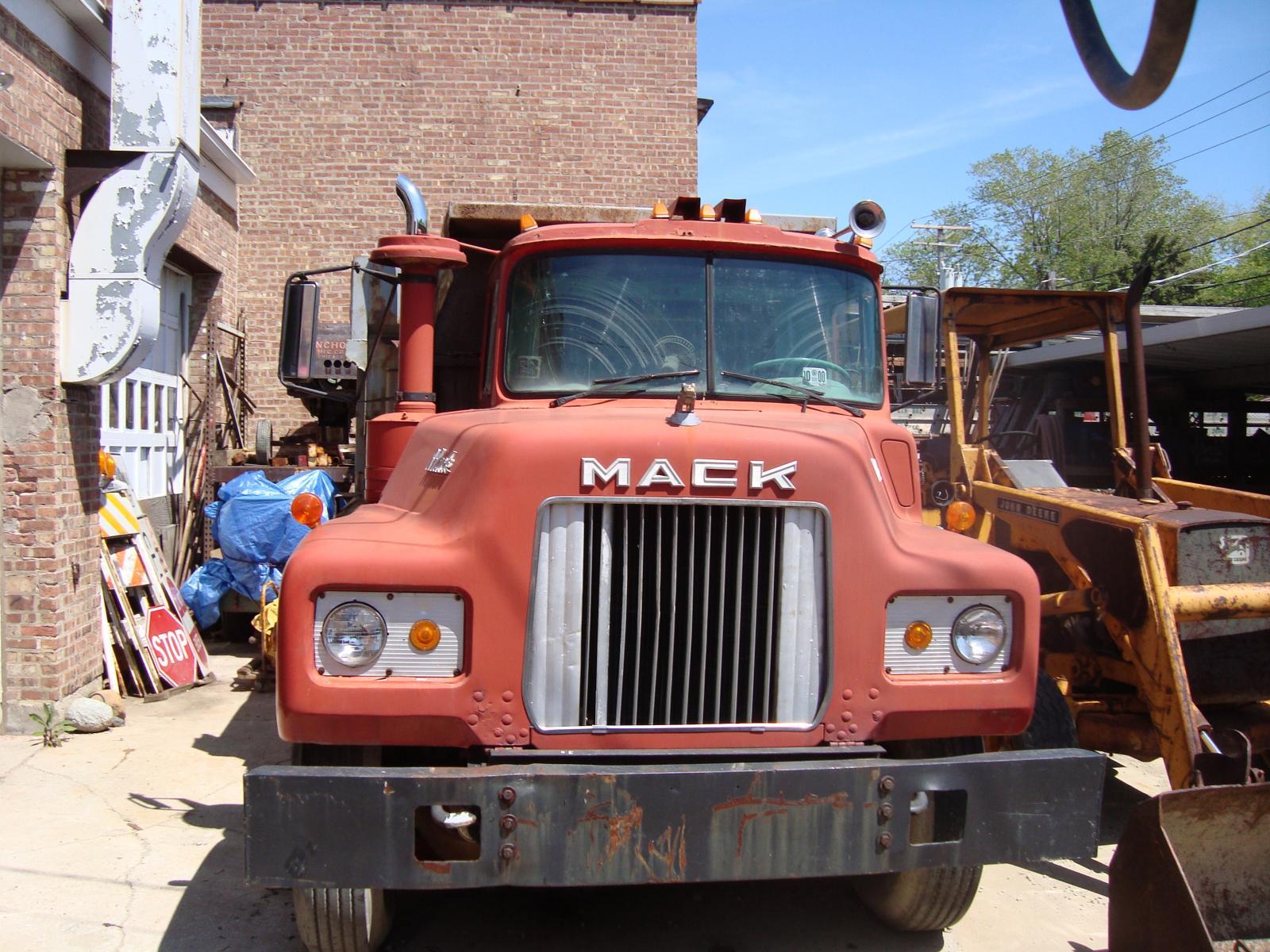 1966 Mack D Model 6 Wheel Dump Trucks For Sale