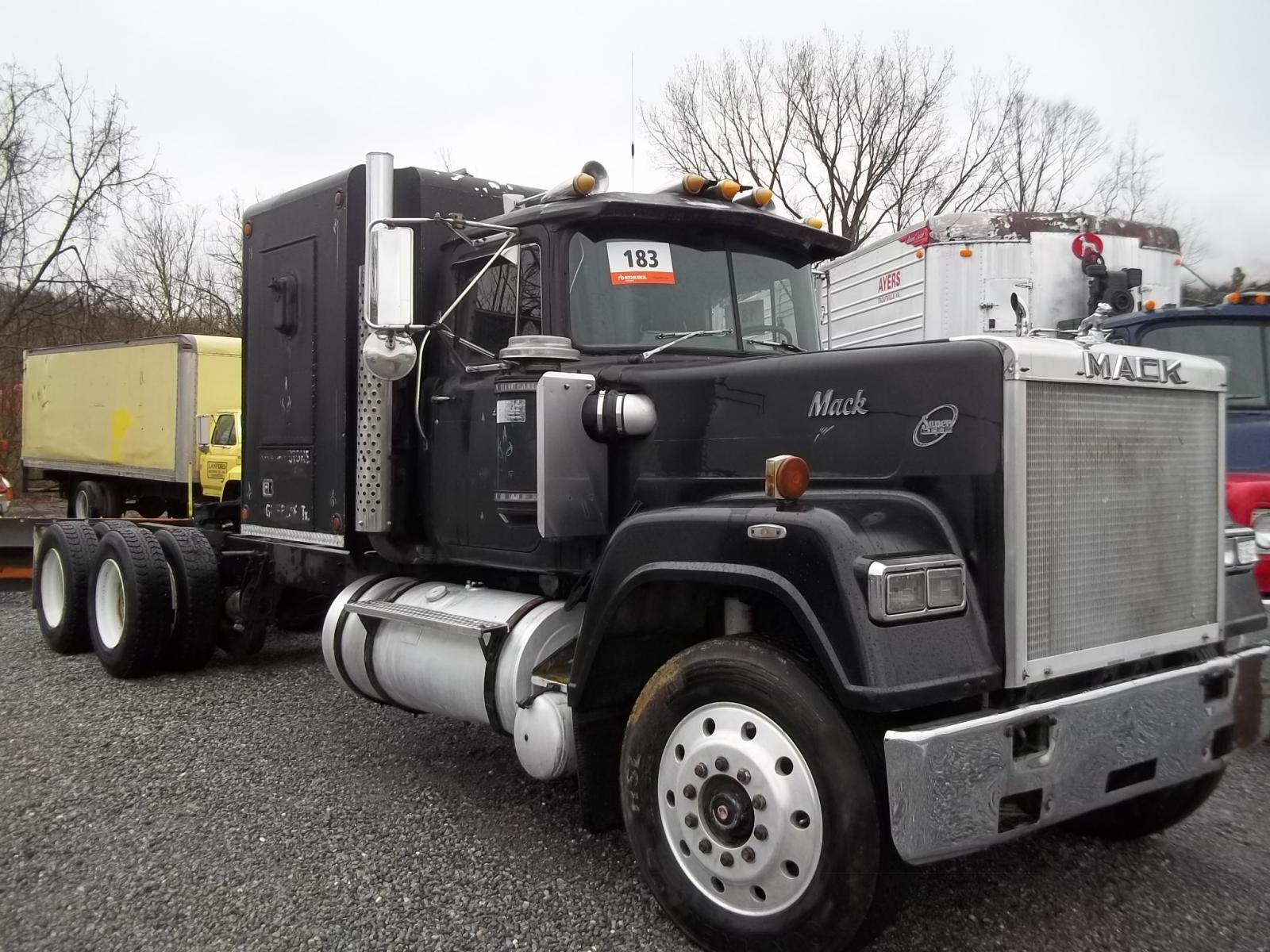 Trucks For Sale: 1986 Mack Superliner