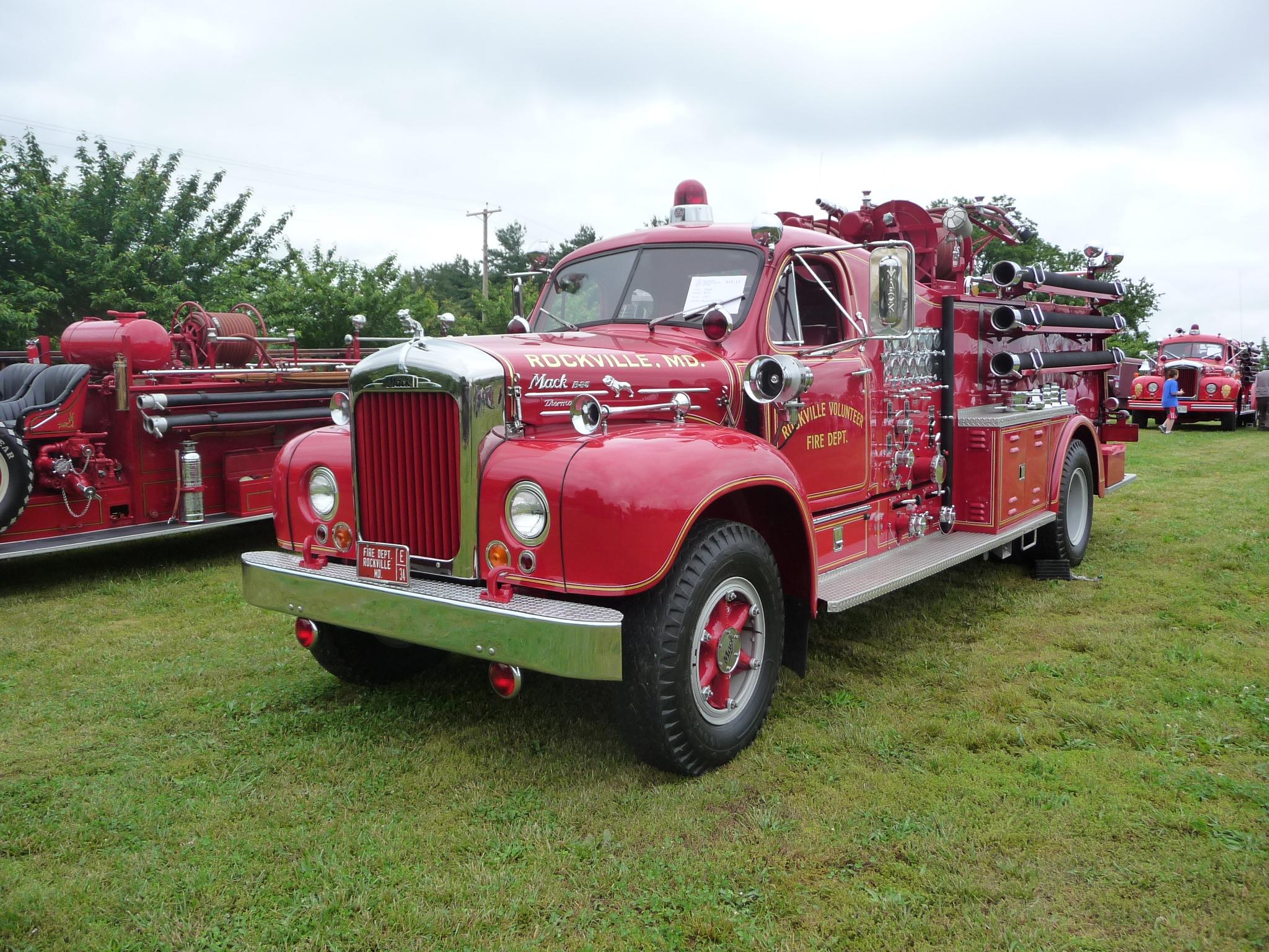 Mack C Model Trucks : B models l c model mack firetrucks fire