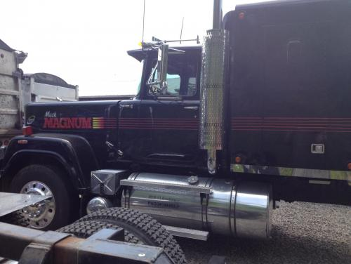 Texas Trucks And Toys >> One of our new toys 85 Mack Magnum Superliner - Truck