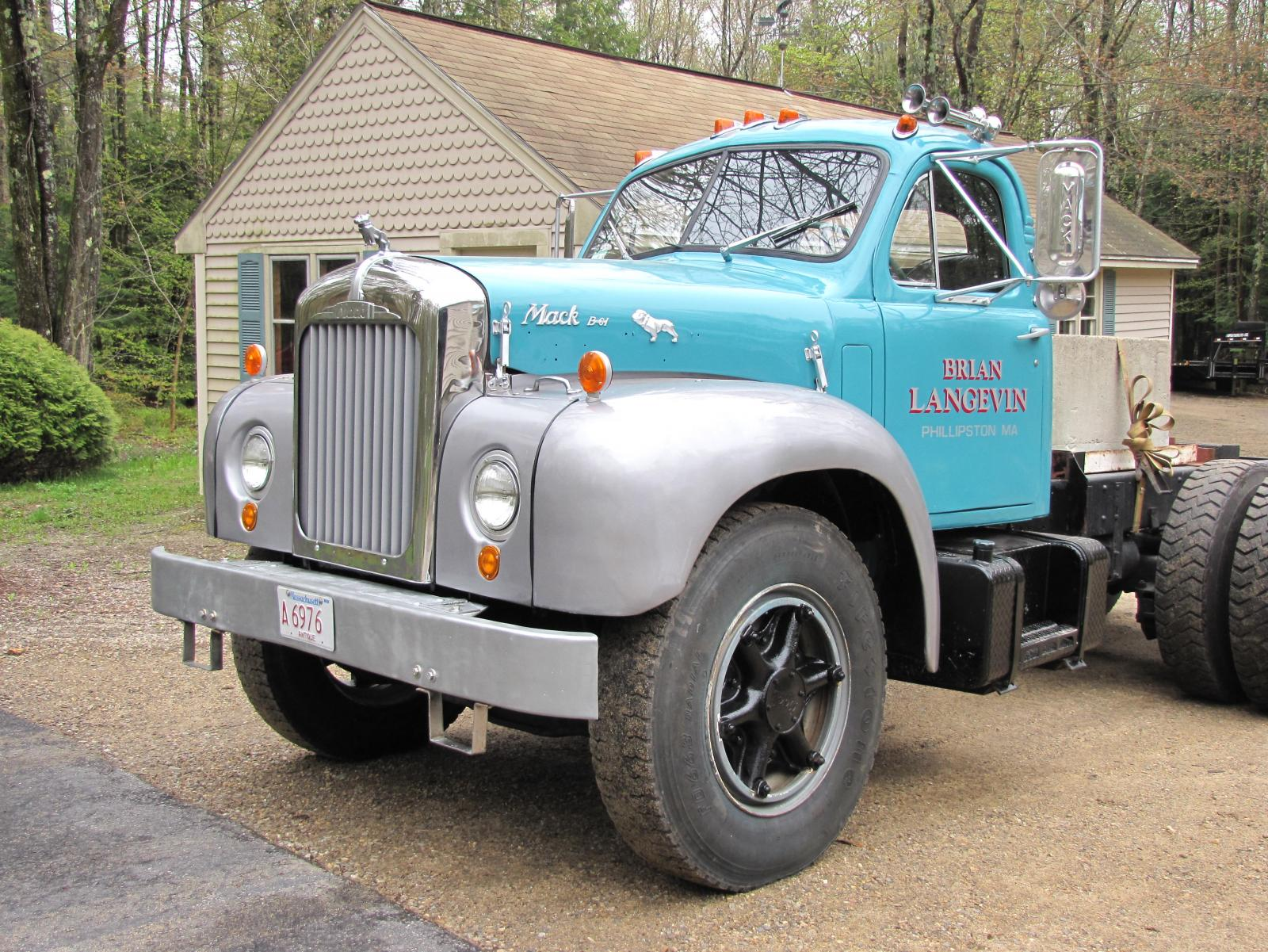 B61 for sale - Trucks for Sale - BigMackTrucks.com