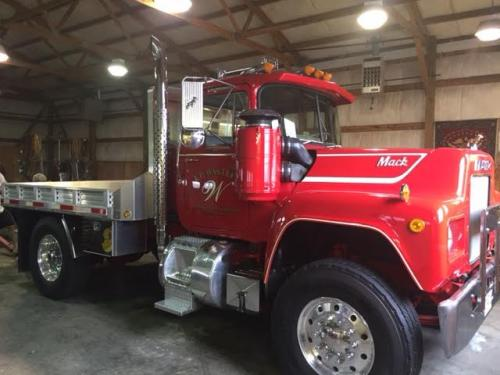 1977 Mack R600 Restored Trucks For Sale Bigmacktrucks Com