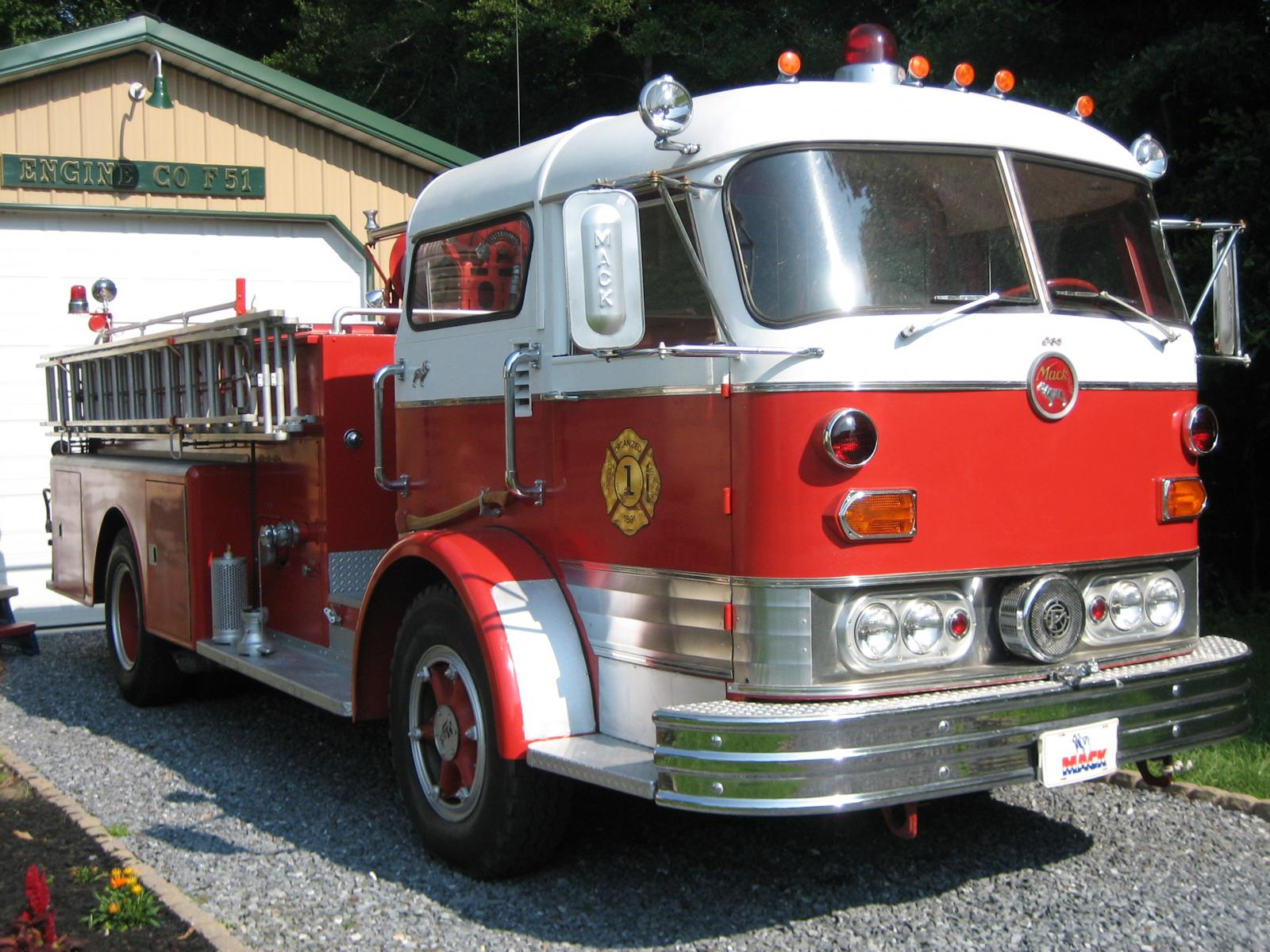 Mack C Model Trucks : Mack c model for sale fire apparatus