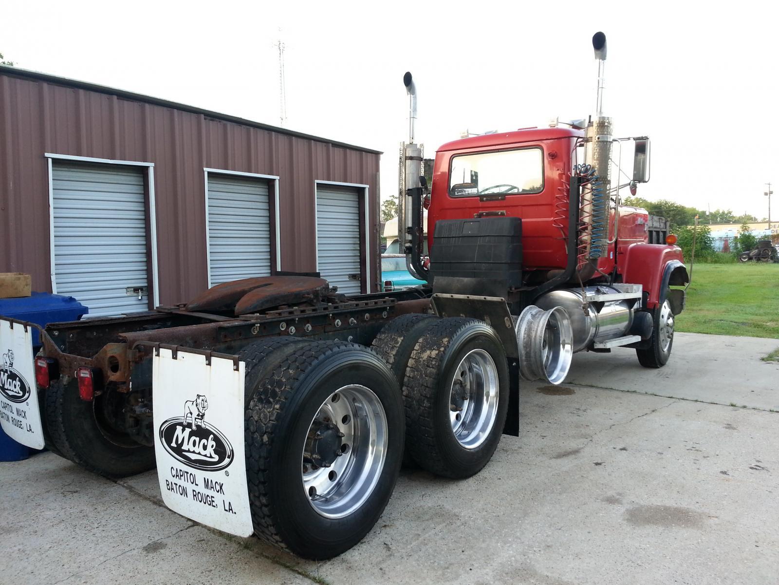 Trucks For Sale: 1987 Mack Superliner E9 500 12 Spd 436,000 Miles