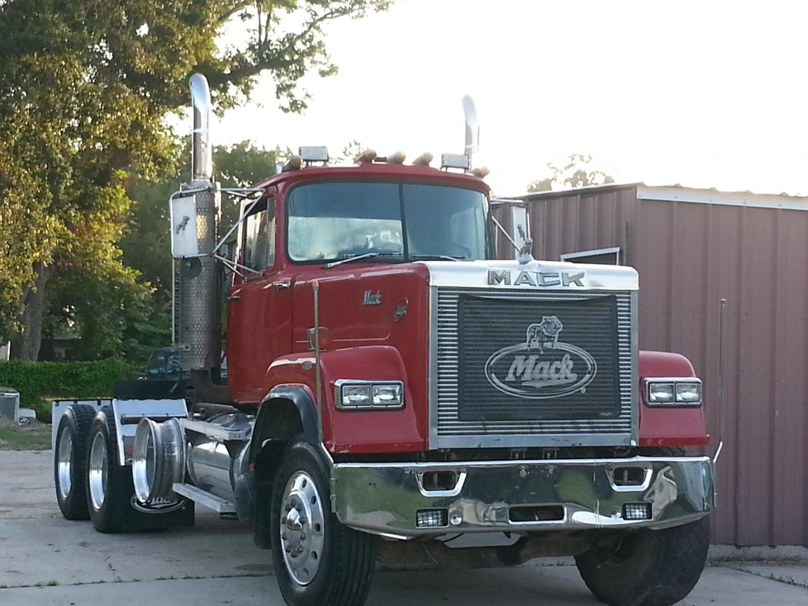 1987 mack superliner E9 500 12 spd 436,000 miles - Trucks ...