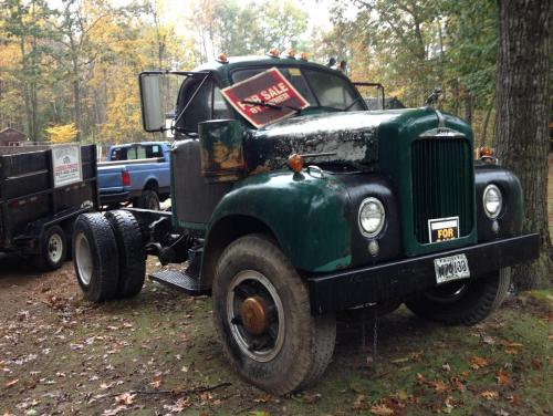 spotted b46 for sale in maine while on vacation antique and classic mack trucks general. Black Bedroom Furniture Sets. Home Design Ideas