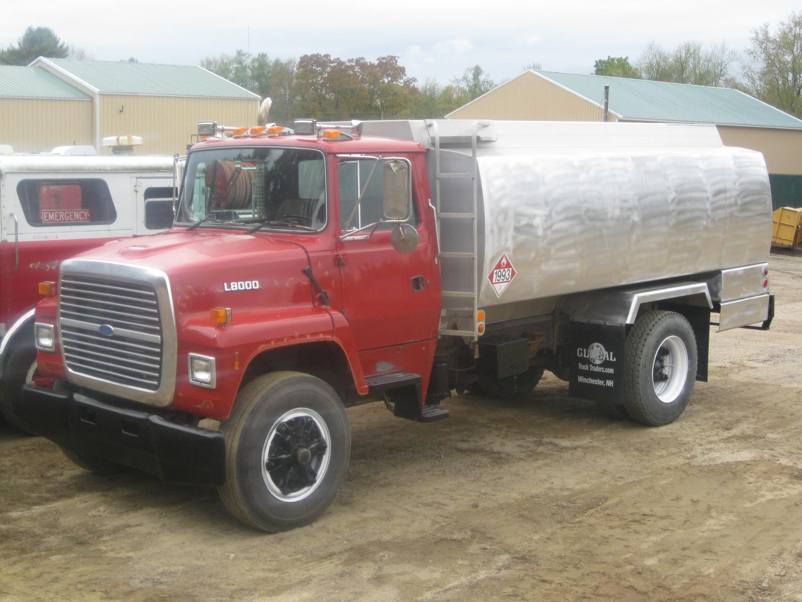 Mack Trucks For Sale >> 1995 Ford L-8000 oil delivery truck $15,499 - Trucks for ...