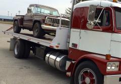 1961 Mack , 1981 J10