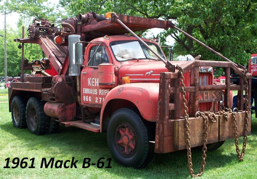 1961 Mack B61 heavy wrecker