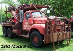 1961 Mack B61 heavy wrecker