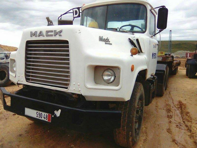 Mack_trucks_Algeria_April_2016 (2).jpg