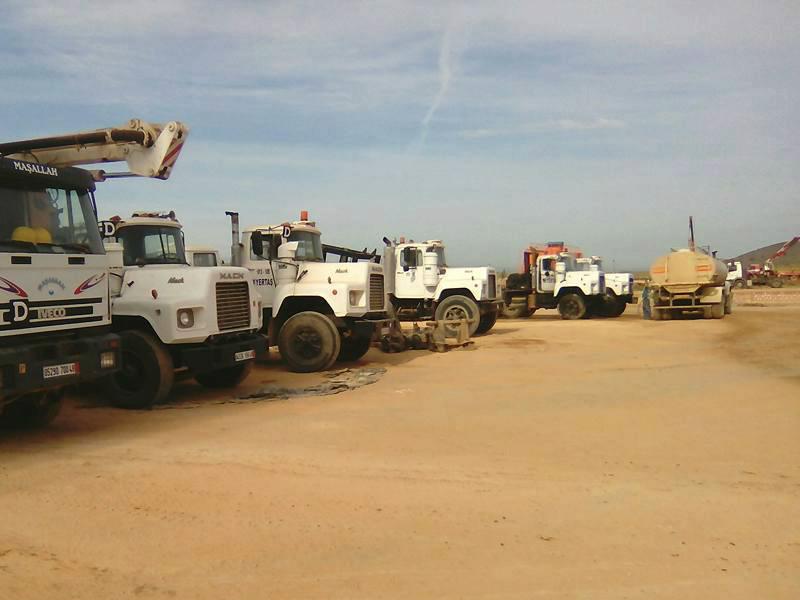Mack_trucks_Algeria_April_2016 (1).jpg