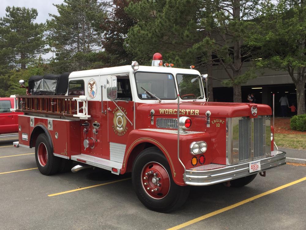 Mass antique fire truck show - Fire Apparatus - BigMackTrucks.com