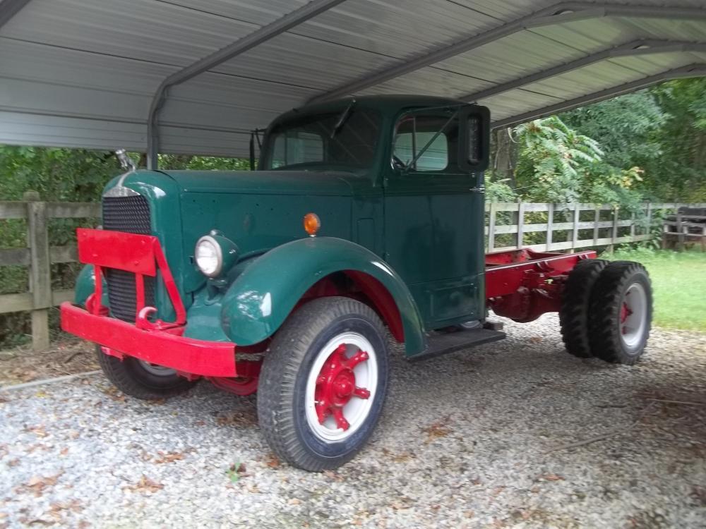 1950's Mack Truck B61 GrnBlk OT032313 - YouTube