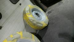 Mack wheels and parts 005.jpg