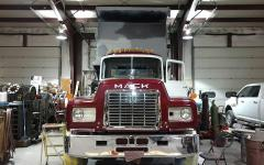 mack-3rd day of assembly 005.jpg