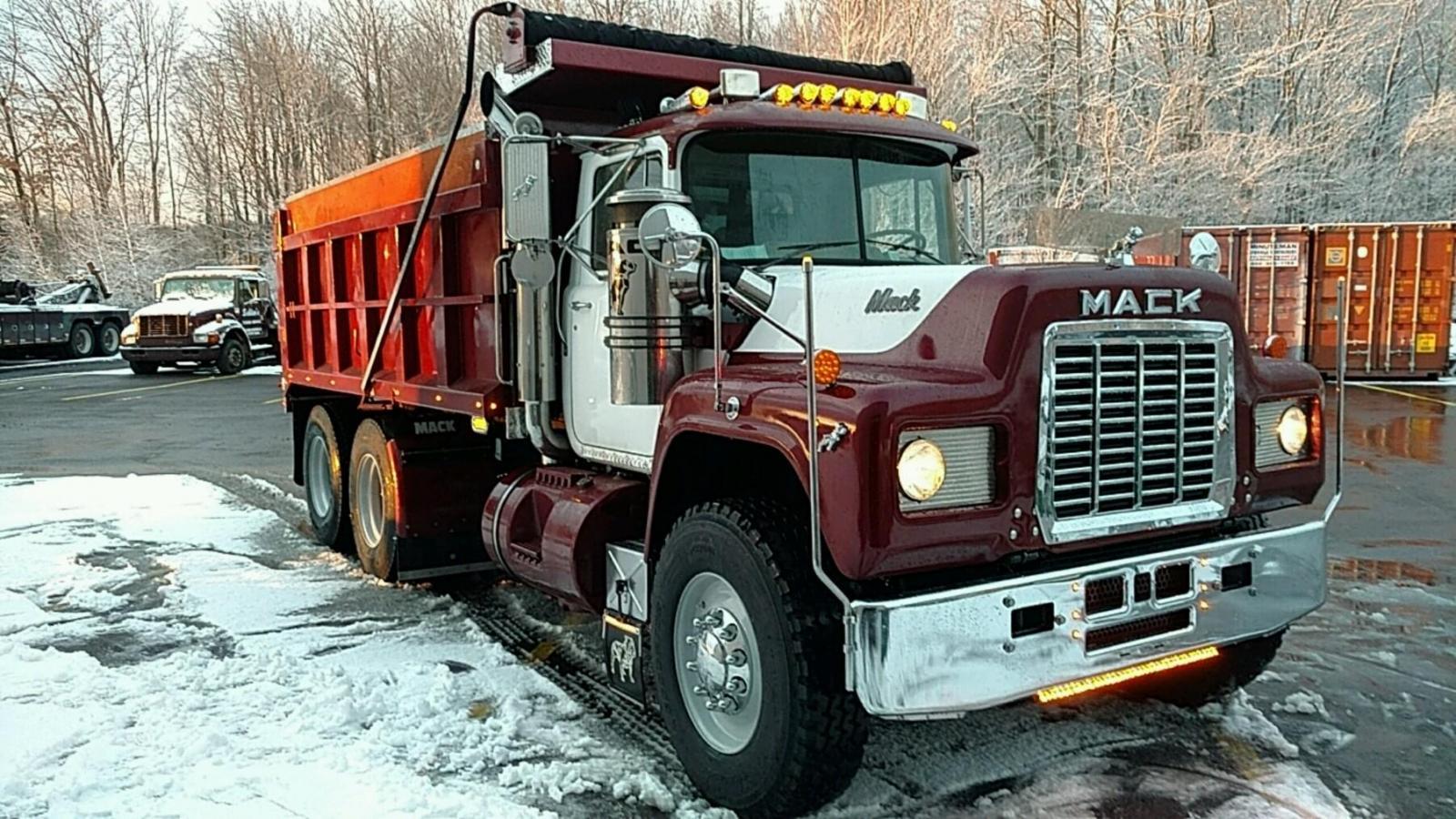 Mack finished 022.jpg