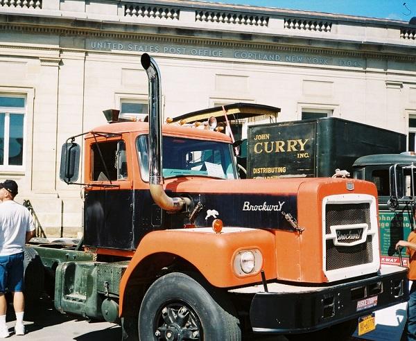 Brockway Hood mounted exhaust - Copy.jpg