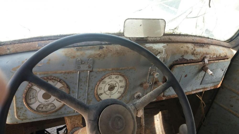1939 Dash.jpg