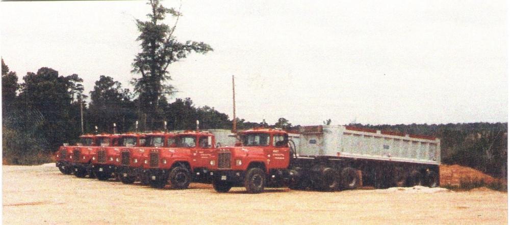 1982 MACKS.jpg