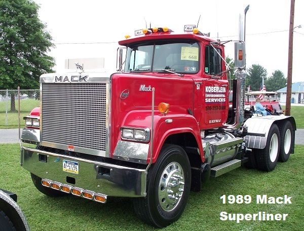1989 Mack Superliner.JPG
