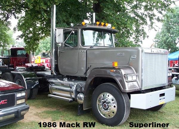 1986 RW Superliner.JPG
