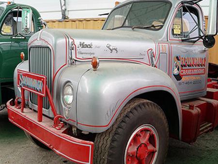 Truck_1.jpg