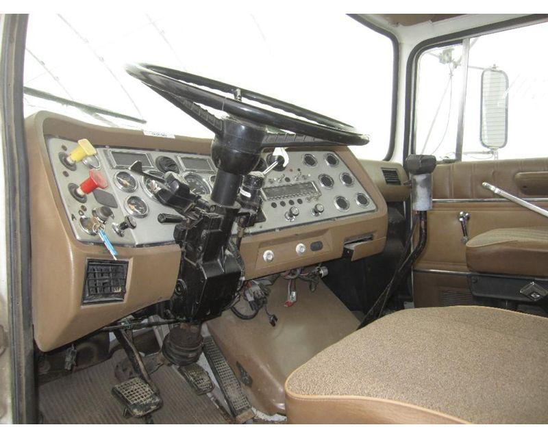 LTL9000 Cab.jpg