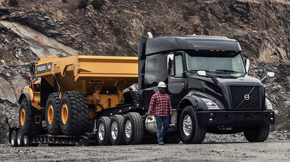 Volvo Trucks Debuts New Heavy-Haul Model - Trucking News - BigMackTrucks.com