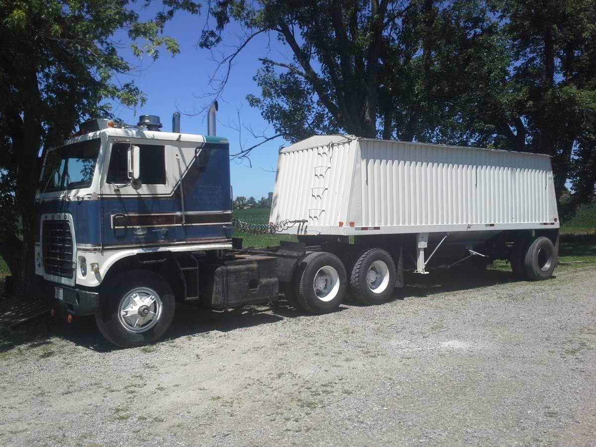 Ford 9000 Coe Trucks For Sale Bigmacktrucks Com