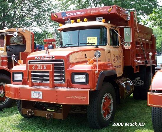 2000 Mack RD single axle - Copy.JPG