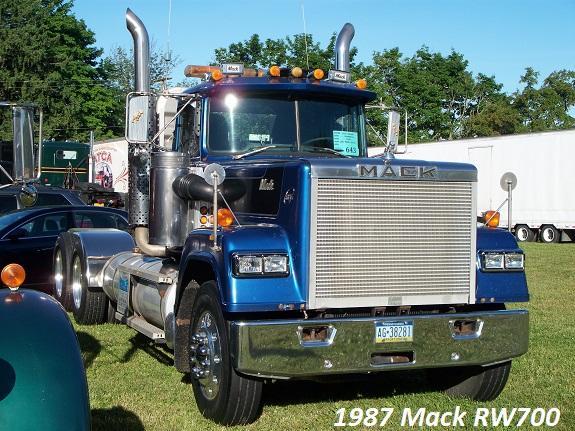 1987 RW700.JPG