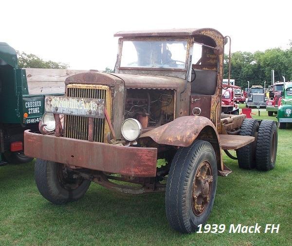 1939 Mack FH - Copy.JPG
