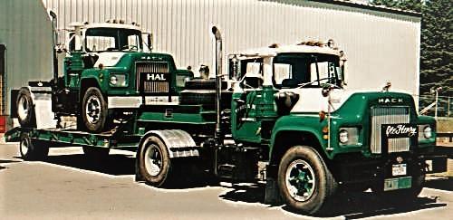 1972 Mack R685  1969 R611T (2).jpg
