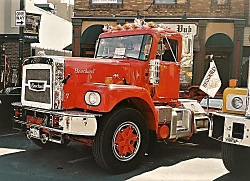 1974 Brockway 361 (2).jpg
