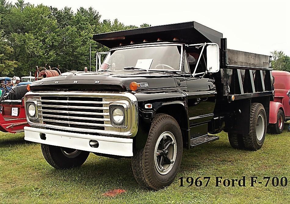 1967 Ford F700 - Copy (2).JPG