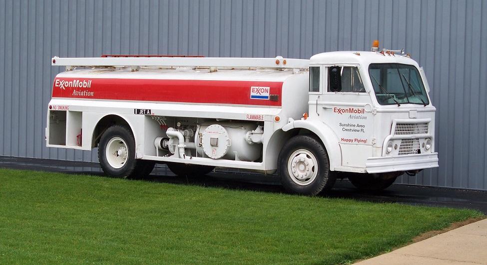 Mack Museum D model tanker.JPG