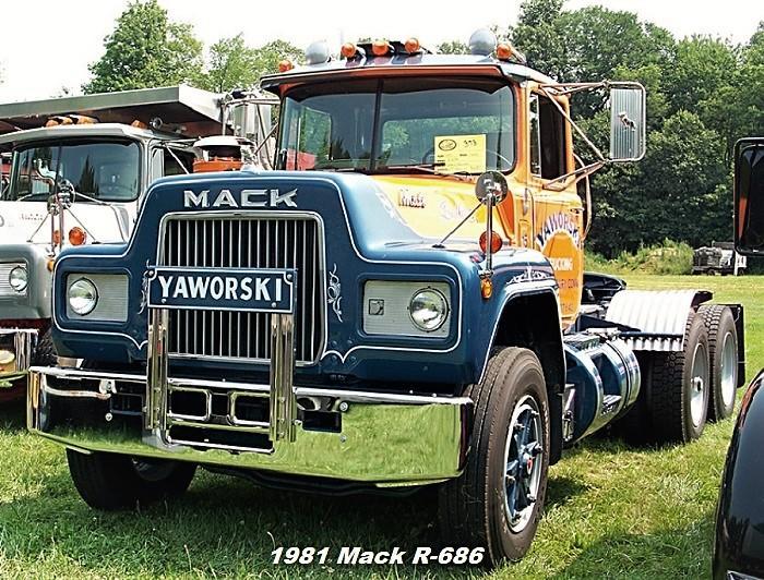 1981 Mack R686 - Copy (2).JPG