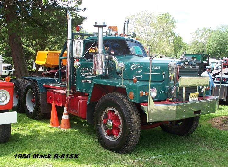1956 Mack B-81SX - Copy.JPG